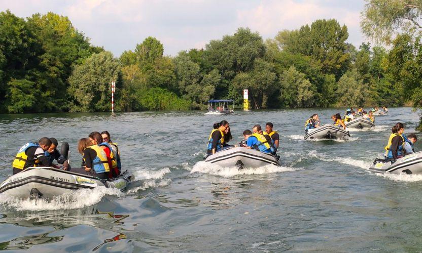 Balade-rallye-nautique-particulier-zodiac-pilotage-fun-insolite